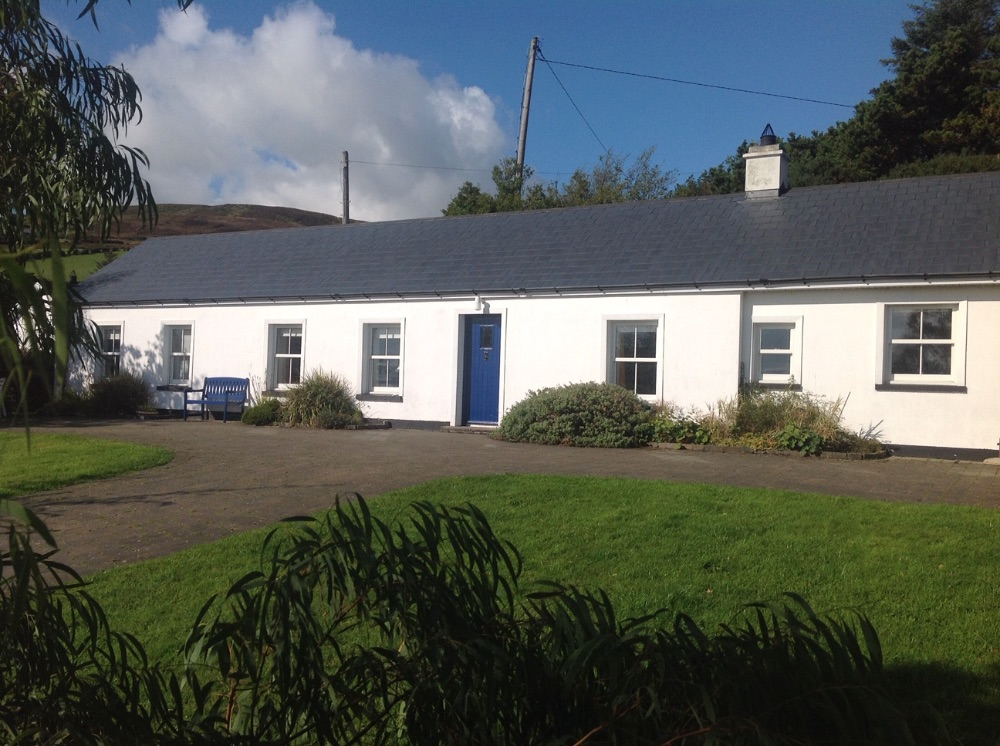 Whin Cottage - Greencastle